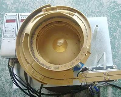 电容振动盘